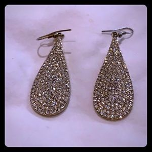 Sparkley white tear drop earrings